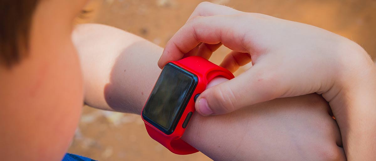 Rote Kinder-Smartwatch